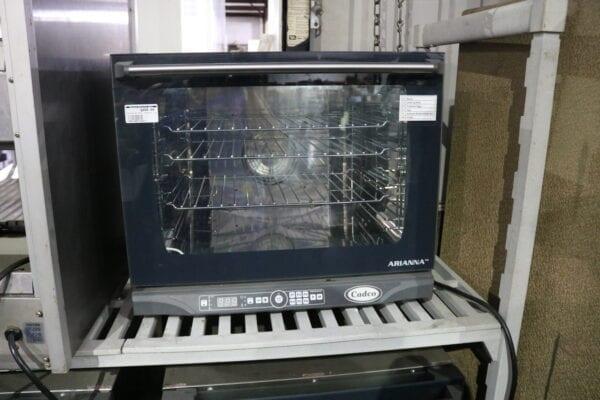 Cadco XAFT-130 Half-Size Convection Oven